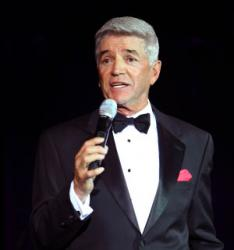 Tom Dreesen Chicagos top corporate emcee