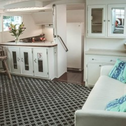 Adeline's Sea Moose - A Chicago Private Yacht Rental