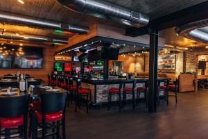 Home Run Inn Bar